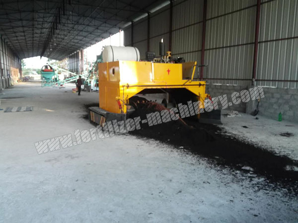 hydraulic compost turner machine